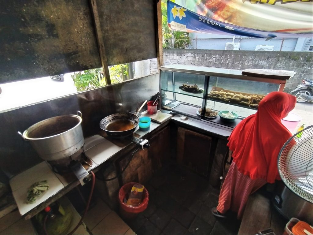バリ島クタのおすすめワルン